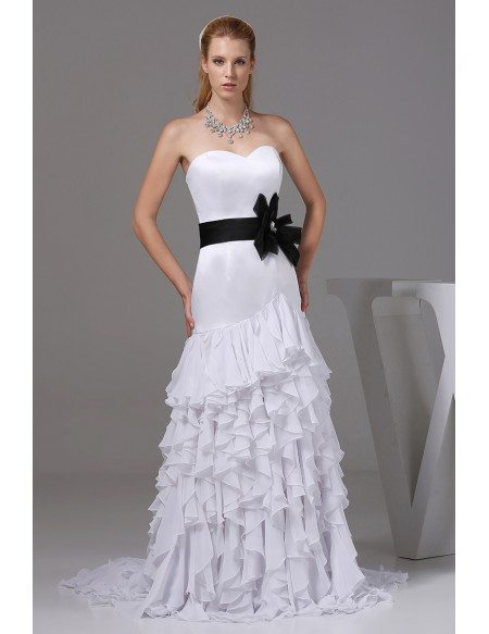 Special white with black sweetheart ruffles wedding dress for Black corset wedding dresses