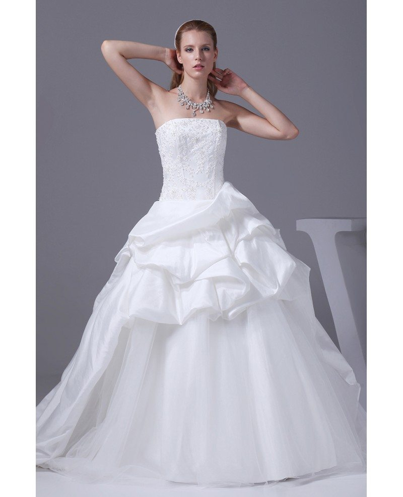 Classic white taffeta and tulle strapless wedding dress for Tulle halter wedding dress