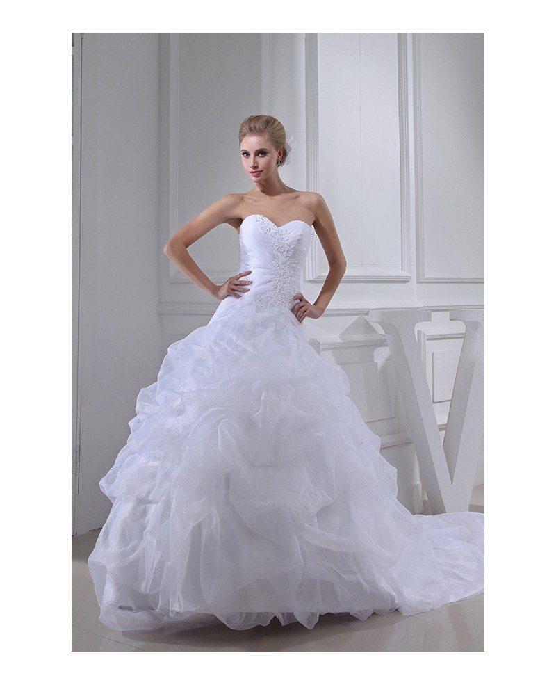 Classic Sweetheart Ballgown Cascading Ruffles Wedding Dress Train ...
