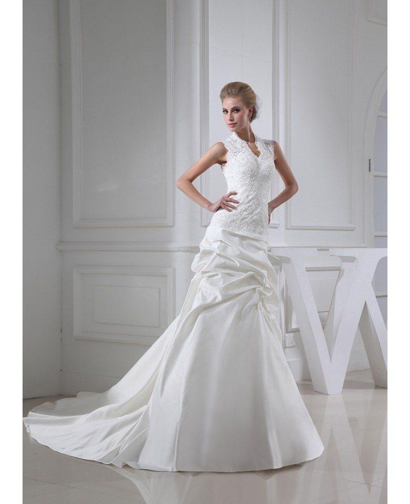 Sleeveless lace ruffled wedding dress with buttons back Lace button back wedding dress