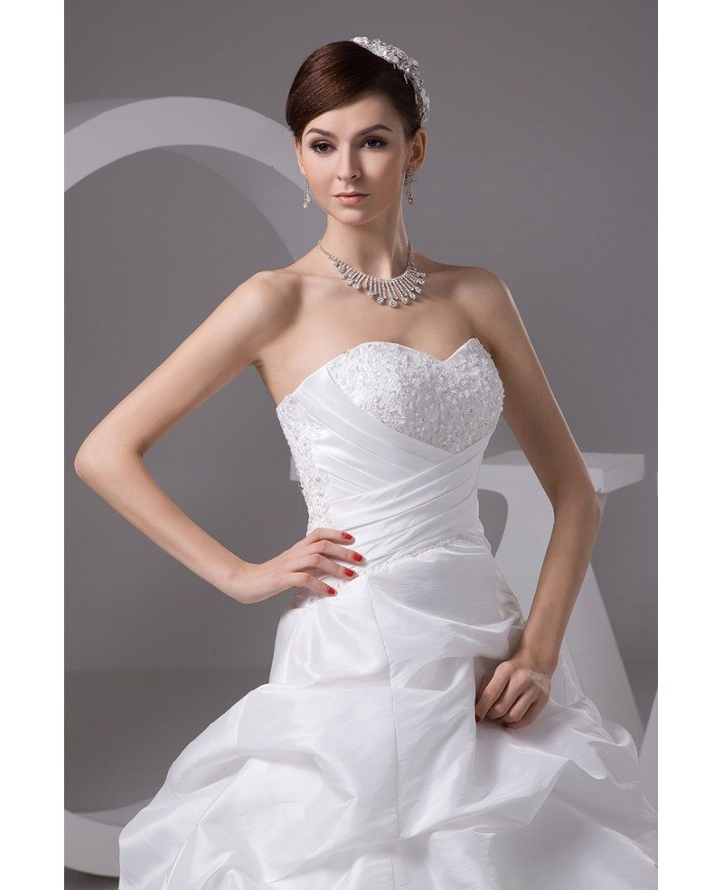 Sweetheart ruffled taffeta long train corset wedding dress for Sweetheart corset wedding dress