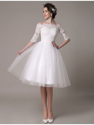 Vintage A-line Off-the-shoulder Knee-length Tulle Wedding Dress With Lace Sleeve
