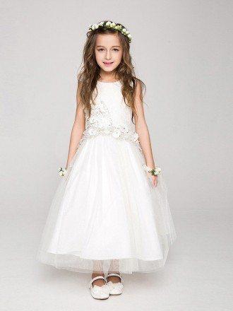 Sleeveless Long Tulle Flower Girl Dress with Asymmetrical Applique