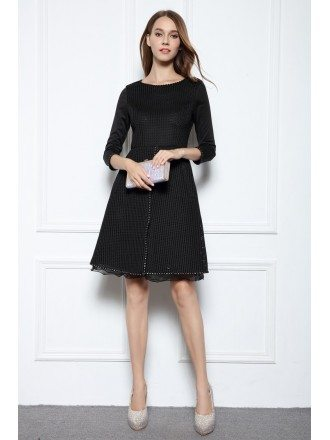 Black A-line  Scoop Neck Knee-length Formal Dress With Beading