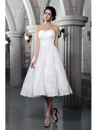 A-line Sweetheart Tea-length Tulle Wedding Dress With Beading Lace