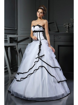 Ball Gown Sweetheart Floor-length Satin Wedding Dress with Appliques Lace