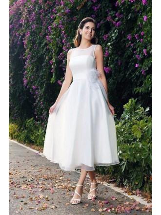A-line Scoop Neck Tea-length Organza Wedding Dress With Belt