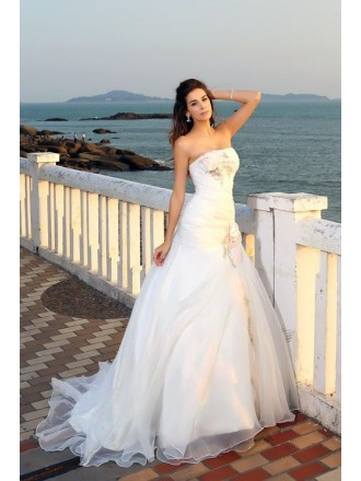 Ball-gown Strapless Sweep Train Organza Wedding Dress With Flowers
