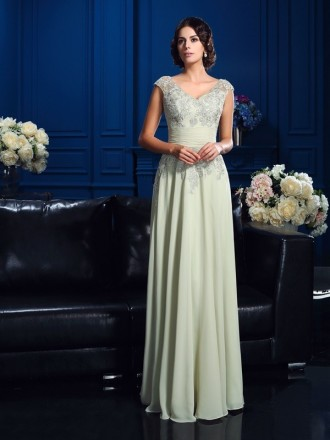 A-Line V-neck Floor-length Chiffon Mother of the Bride dresses With Lace