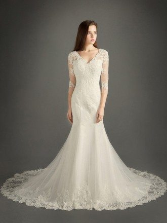 Modest Mermaid V-neck Chapel Train Tulle Wedding Dress With Appliques Lace