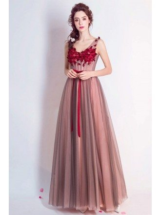 Red A-line V-neck Floor-length Formal Dress With Appliques Lace