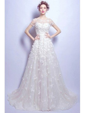 Gorgeous Ball-gown Scoop Neck Court Train Tulle Wedding Dress With Flowers