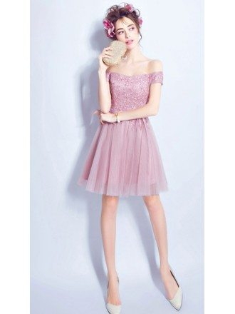Cute A-line Off-the-shoulder Short Tulle Formal Dress With Appliques Lace