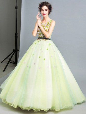 Green Ball-gown Scoop Neck Floor-length Tulle Wedding Dress With Flowers