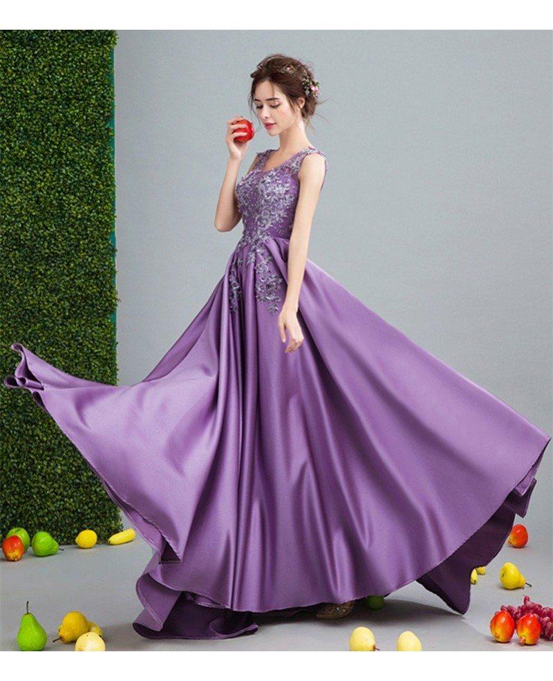 V Neck Wedding Gown: Luxurious Ball-gown V-neck Court Train Satin Wedding Dress