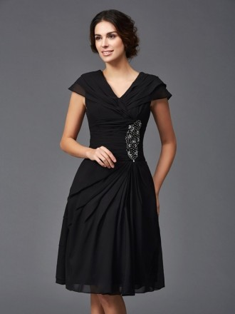 A-lien V-neck Knee-length Chiffon Mother of the Bride Dress With Beading