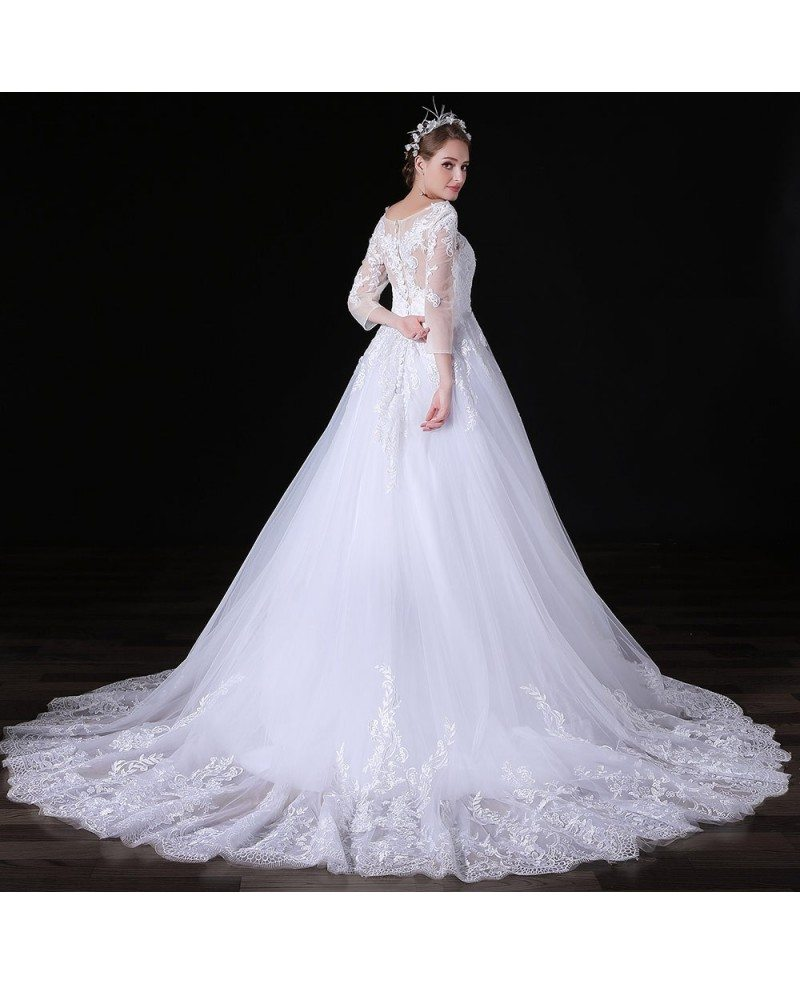 Dramatic Ball Gown Wedding Dresses: Ball-gown V-neck Court Train Tulle Wedding Dress With Lace