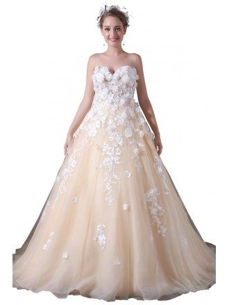 Ball-gown Sweetheart Court Train Tulle Wedding Dress With Appliques Lace