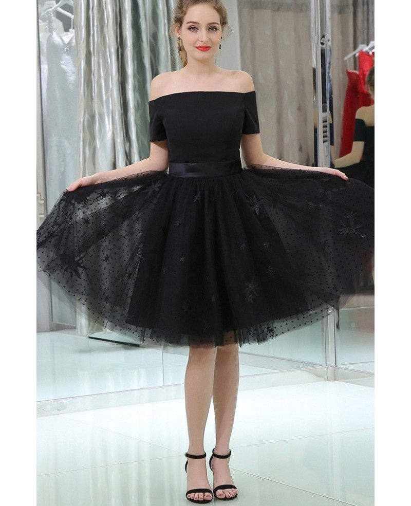 Little Black Short Lace Tulle Satin Prom Dress With Off