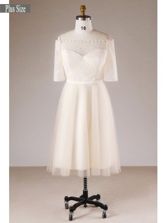 Plus Size Champagne Short Lace Off Shoulder Bridal Party Dress With Sleeves