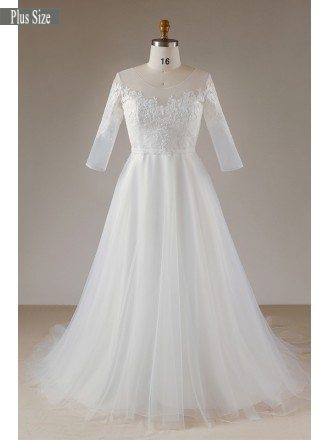 Beautiful Plus Size Lace Half Sleeve Wedding Dress For Plus Size Women