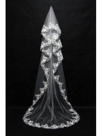 3 Metres long style Bridal veil with Lace Trim