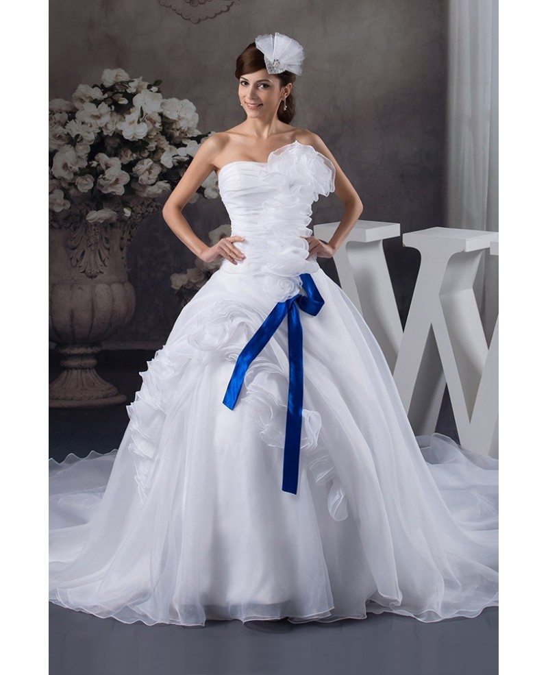 Cathedral Wedding Gowns: Ball-gown Strapless Cathedral Train Tulle Wedding Dress