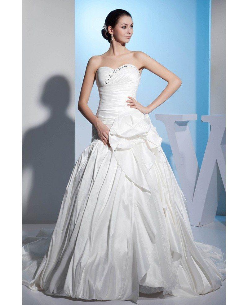 Sweetheart Ruffled Taffeta Ball Gown Wedding Dress With
