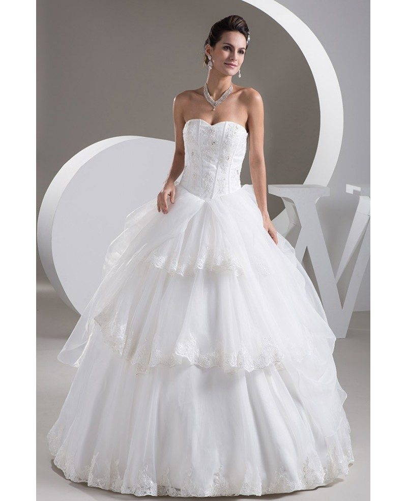 Tiered Wedding Gown: Ballgown Organza Sweetheart Bridal Dress With Tiered Lace