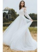 Flowy Long Tulle Boho Beach Wedding Derss With Long Sleeves Low Back