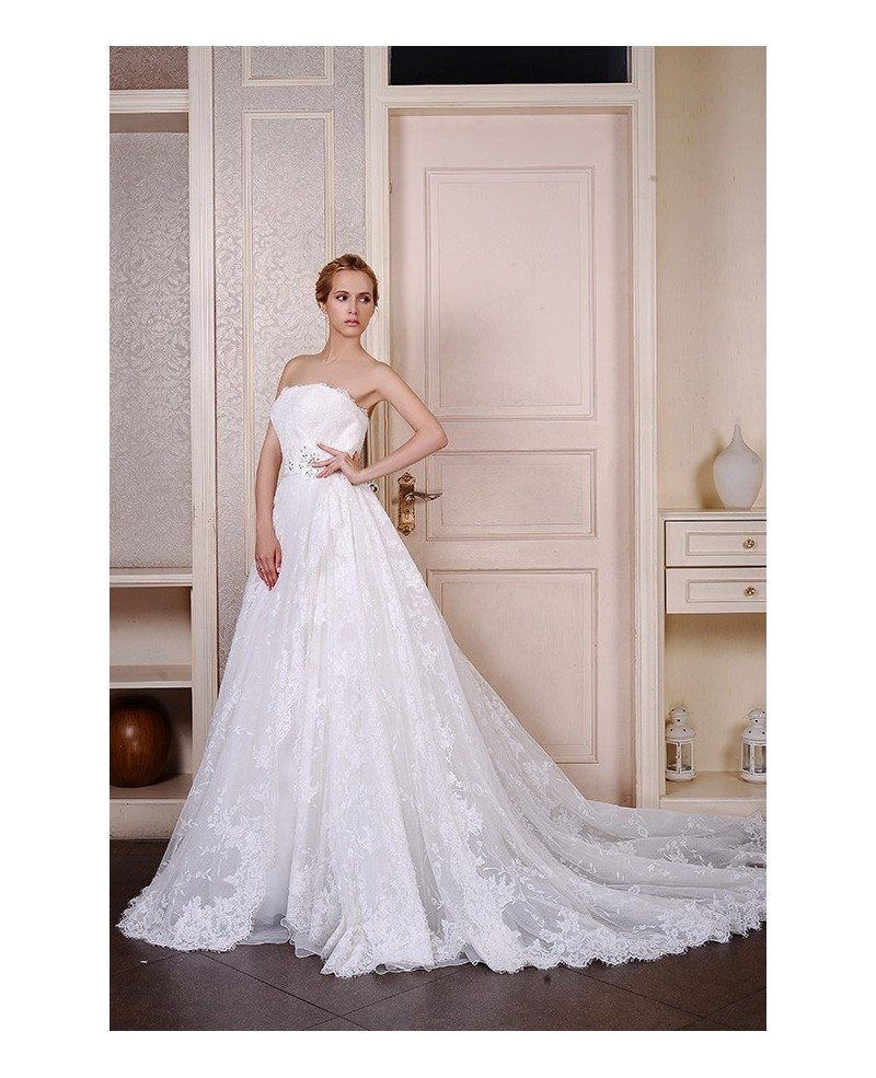 Ball gown strapless cathedral train lace tulle wedding for Tulle halter wedding dress