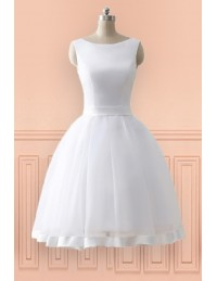 Cheap Knee Length Simple Beach Wedding Dress With Open Bow Back 2018