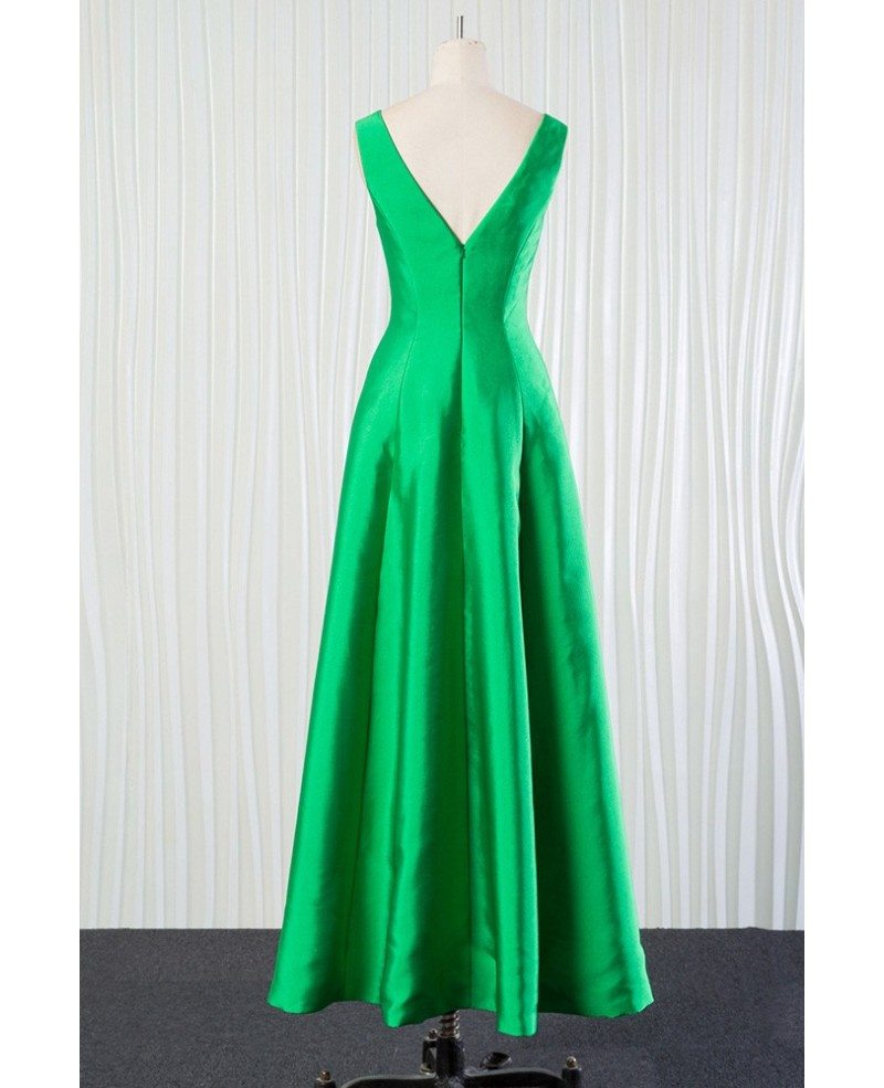 Simple Wedding Dresses For Fall: Simple Long Green Bridesmaid Dress In Satin For Spring