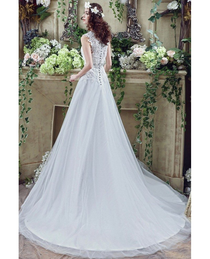 Vintage Long Tulle Wedding Dress With Lace Bodice Buttons