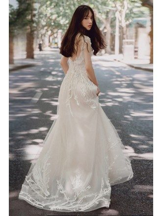 Charming Unique Lace Low Back Boho Beach Wedding Dress Destination Weddings