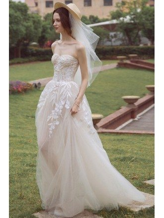 Peachy Boho Leaf Shape Lace Strapless Beach Wedding Dress Bohemian Style