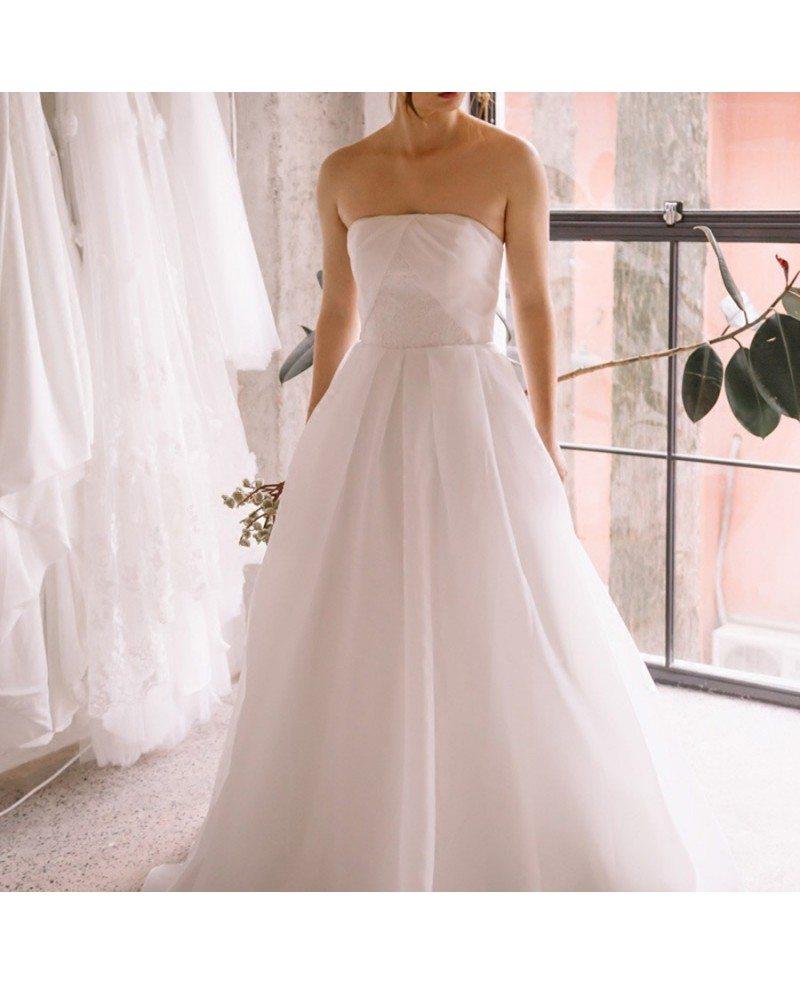 Simple Chic Strapless White Beach Wedding Dress Outdoor