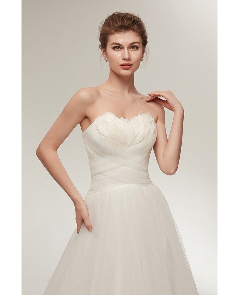 Elegant Long Tulle Feather Beach Wedding Dress Strapless