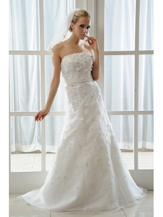 A-Line Strapless Court Train Tulle Wedding Dress With Beading Appliques Lace Bow