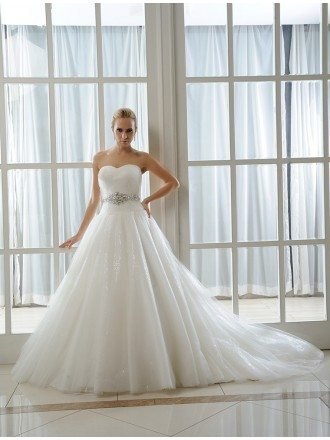 Ball-Gown Sweetheart Chapel Train Organza Wedding Dress With Beading