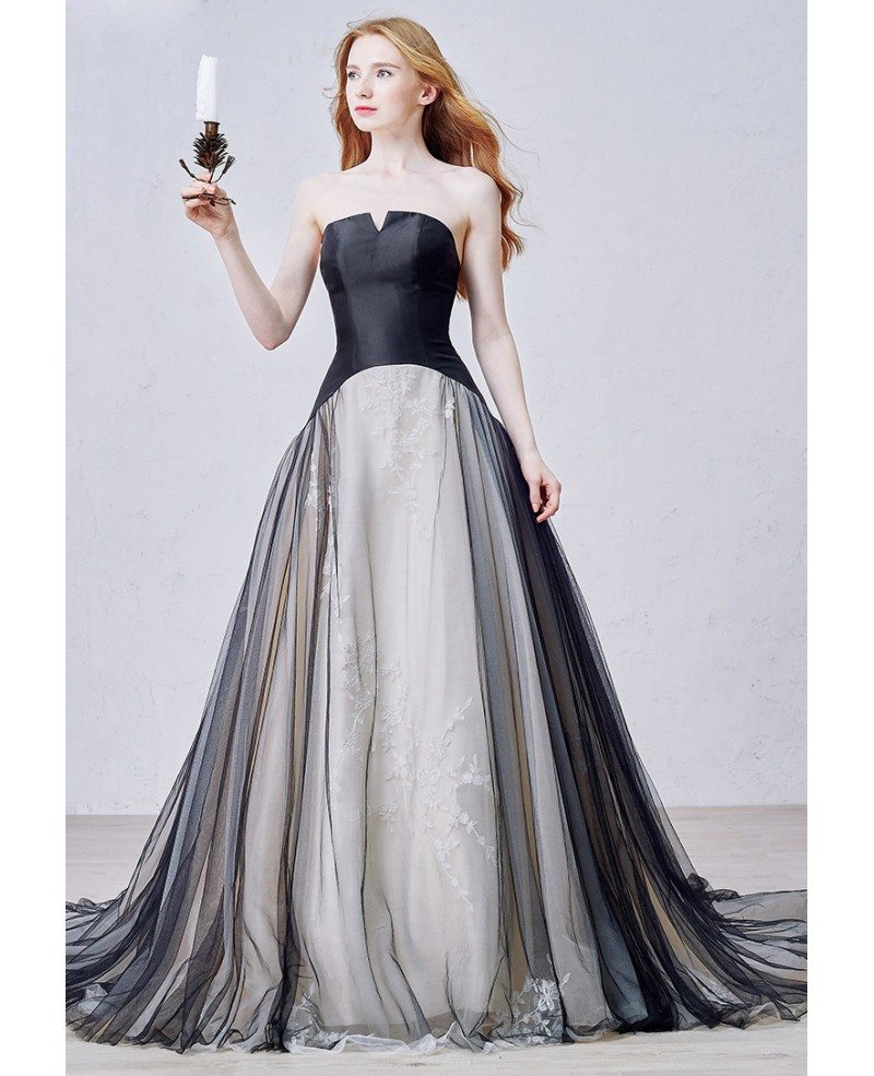 Unique ball gown strapless court train tulle wedding dress for Ball gown tulle wedding dress