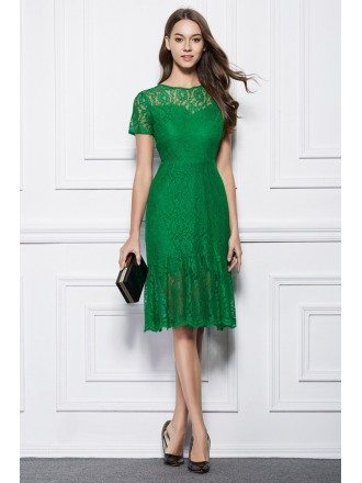 Elegant Lace Knee-Length Wedding Party Dress With Short Sleeves