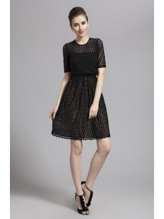 Elegant Lace Short Mother of the Bride Dress With Short Sleeves
