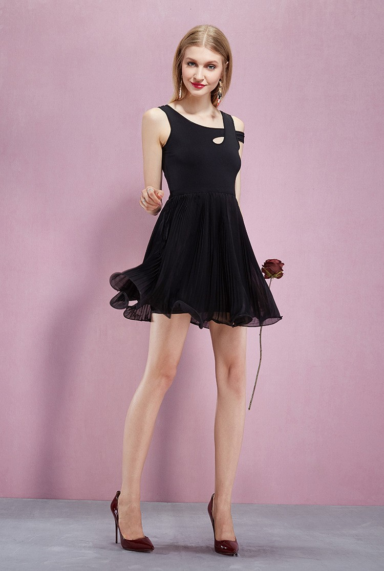 Asymmetrial Neckline Pleated Chiffon Short Dress Gemgrace