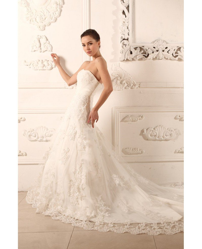 Ball gown strapless chapel train tulle wedding dress with for Tulle halter wedding dress