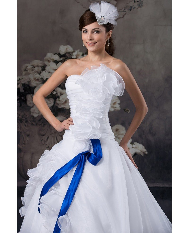 Tulle Ball Gown Wedding Dress: Ball-gown Strapless Cathedral Train Tulle Wedding Dress