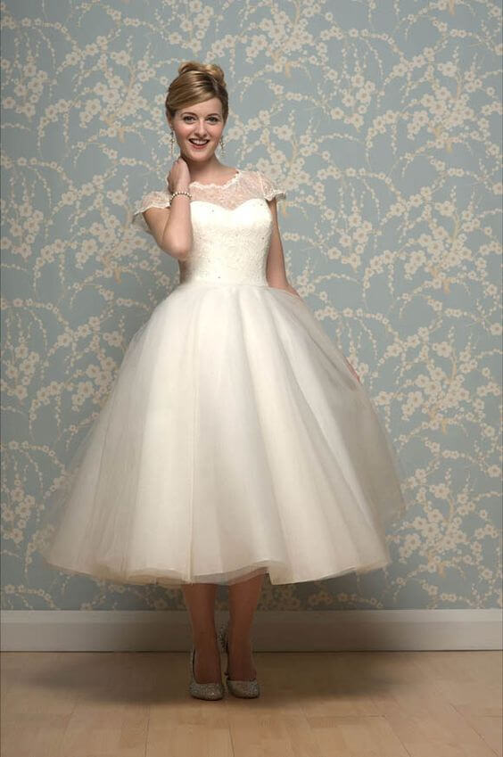 20 of the most vintage tea length wedding dresses for for Wedding dresses for 60 year olds