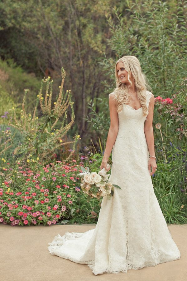 20 Best Country Chic Wedding Dresses: Rustic & Western Wedding Dresses