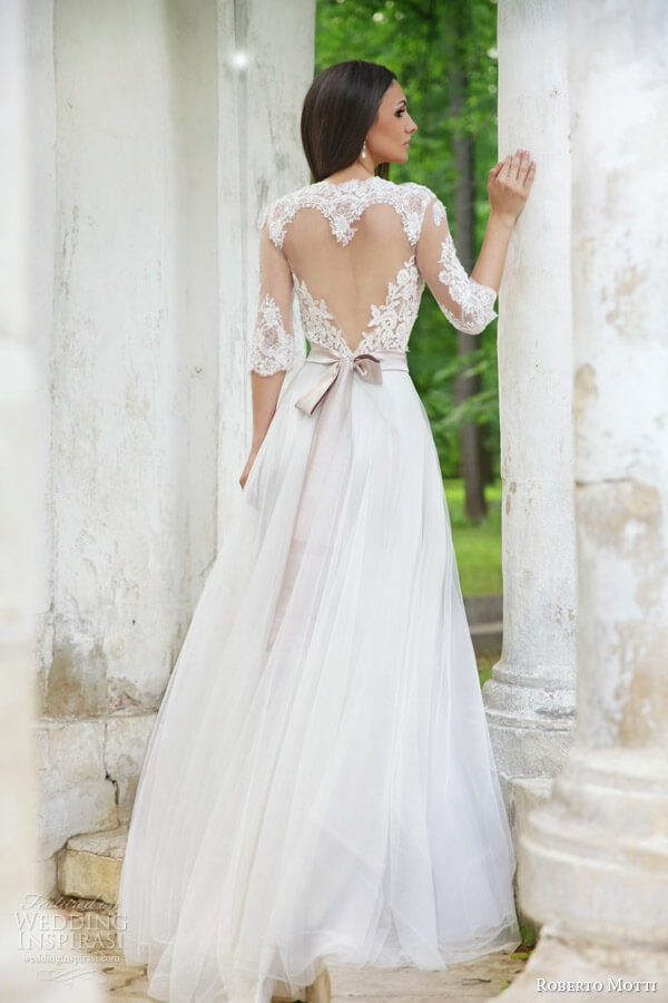 20 of the most gorgeous open back wedding dress backless for Wedding dress heart shaped neckline