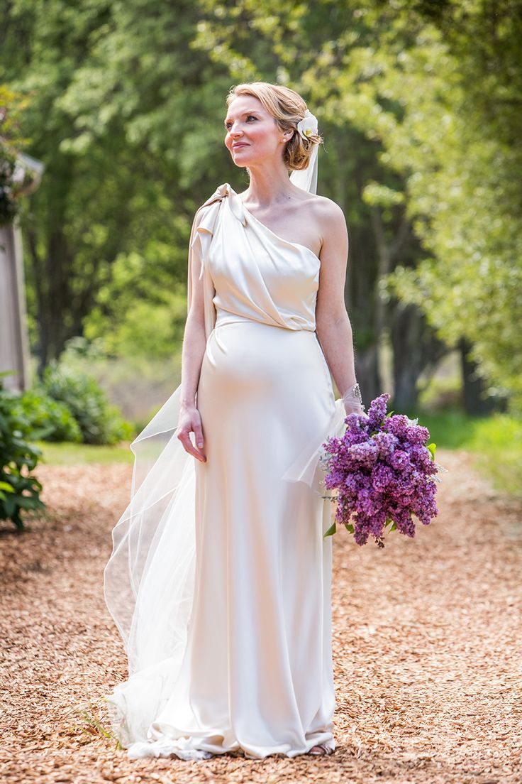 19 of the most gorgeous maternity wedding dress for for Pregnancy dress for wedding